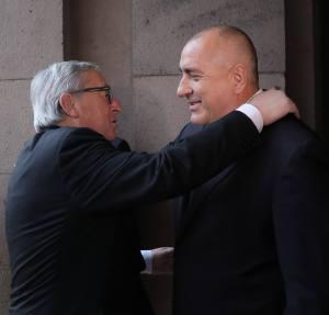 Opinion: Juncker embraced and blessed Borissov's butaforia