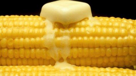 milho-cozido-manteiga-545x306