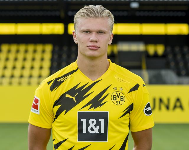 Erling Haaland's father comments on future amid transfer speculation