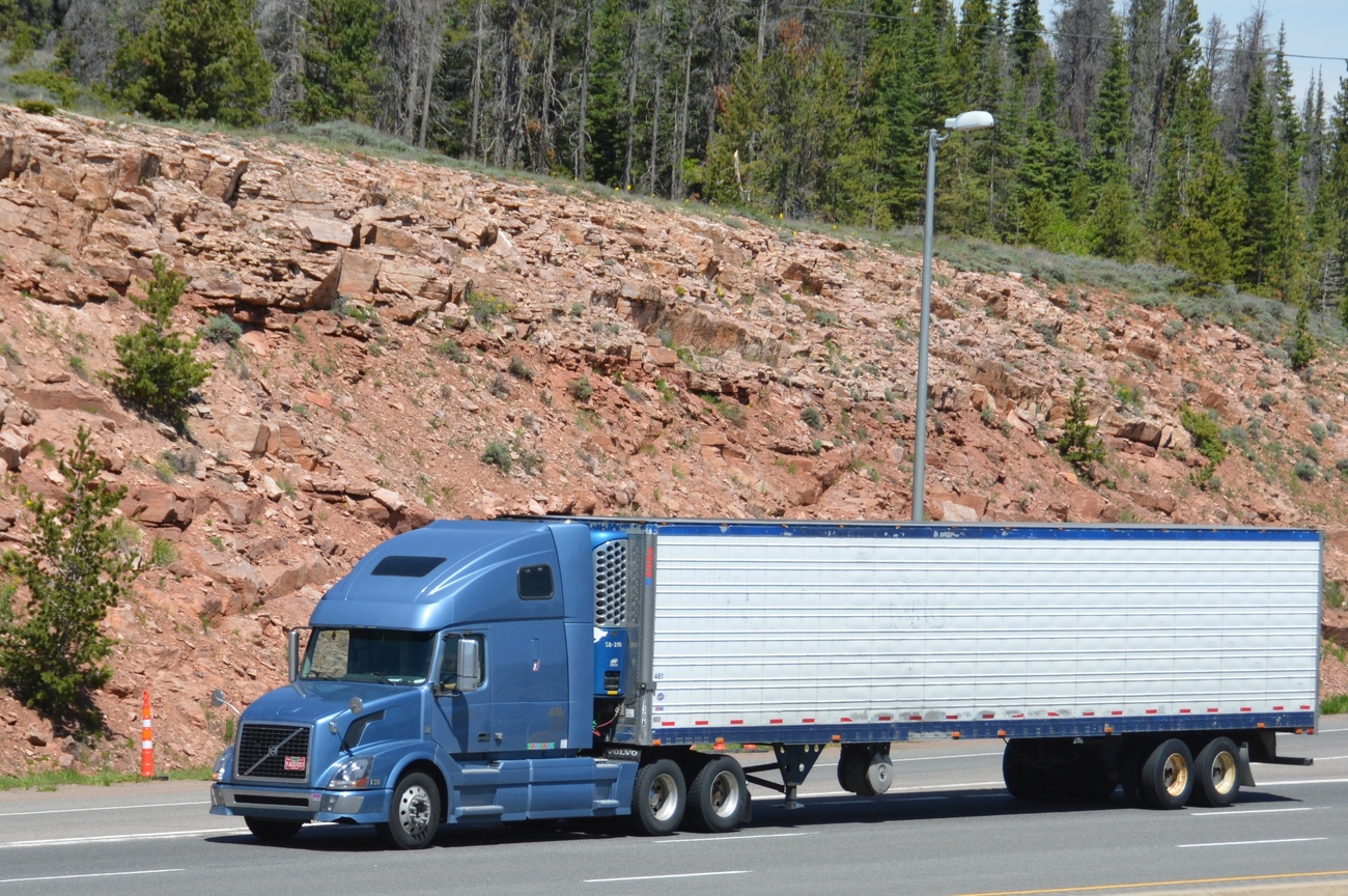 Trucks On Sherman Hill I 80 Wyoming Pt 14