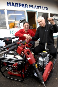 From left to right: Colin Frost (Chicago Pneumatic), Andy Harper (Harper Plant Ltd)