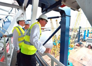 Prime-Minister-visits-Port-of-Tyne
