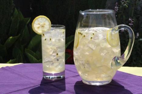 Lilikoi-Lemonade