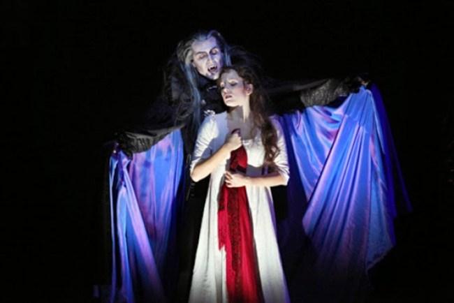 Sarah-Krolock_Le-bal-des-vampires