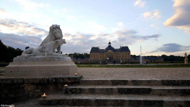vaux-le-vicomte-chateau-jardin-sculpture