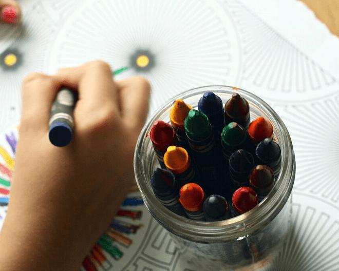 crayons-idée occupation enfants