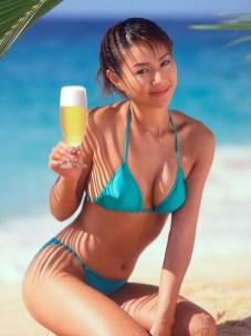 beer girl 10