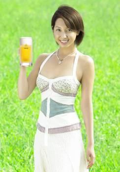 beer girl 4