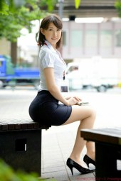 office-lady-8