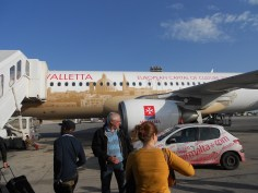 Bulles de voyages - Direction la France, en avion Air Malta