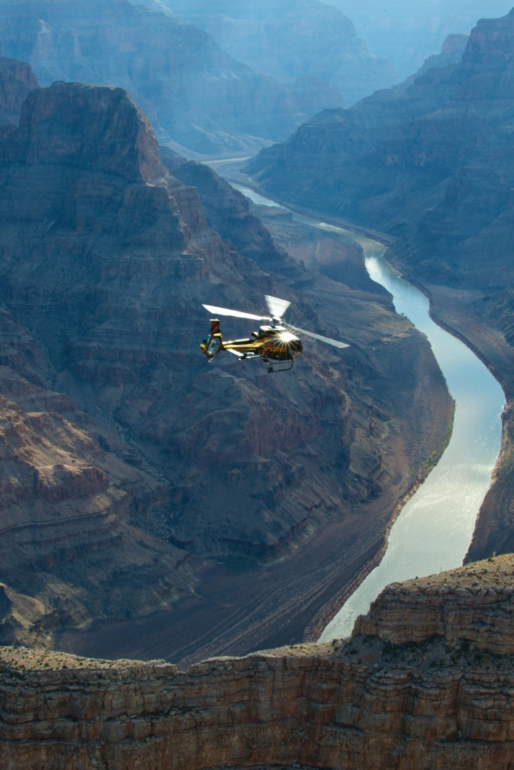 Grand Canyon Helicopter Tour with Champagne Landing