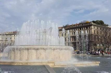 Springbrunnen vorm Castello Sforzesco