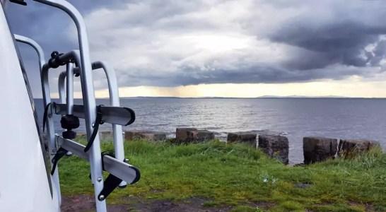 mit dem VW-Bus durch Schottland - Schlaplatz nahe Edinburgh