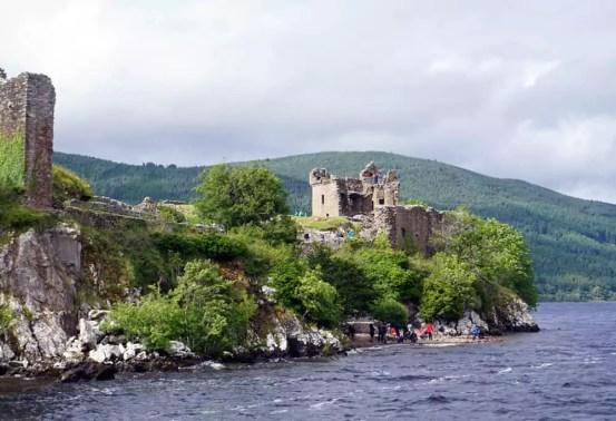 Urquhart Castle - Bootstour Loch Ness