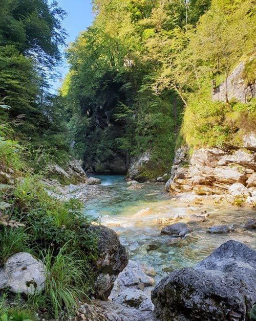 Der Zusammenfluss von tolminska und Zadlascica ist der niedrigste Punkt des Triglav Nationalpark