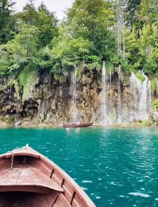 Nationalpark Plitvicer Seen mit Kind - Ruderboot leihen