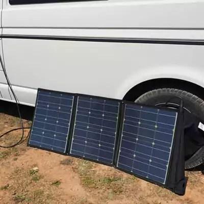 Mobiles Büro - Strom im VW-Bus mit dem faltbaren Solarmodul