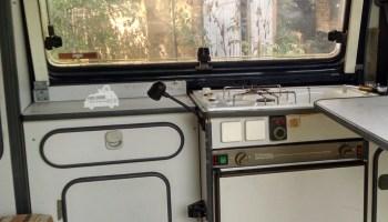 Mini Kühlschrank Vw Bus : Ein kühlschrank im vw bus und das günstig ⋆ reiseblog bulli verreisen