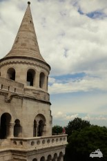 Die Bastei erinnert mit den schönen Verzierungen an einen Märchenturm