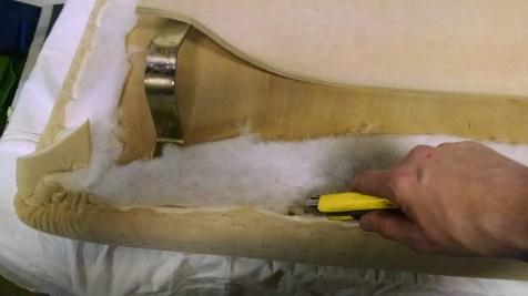 das Vlies lässt sich mit dem Cuttermesser beschneiden