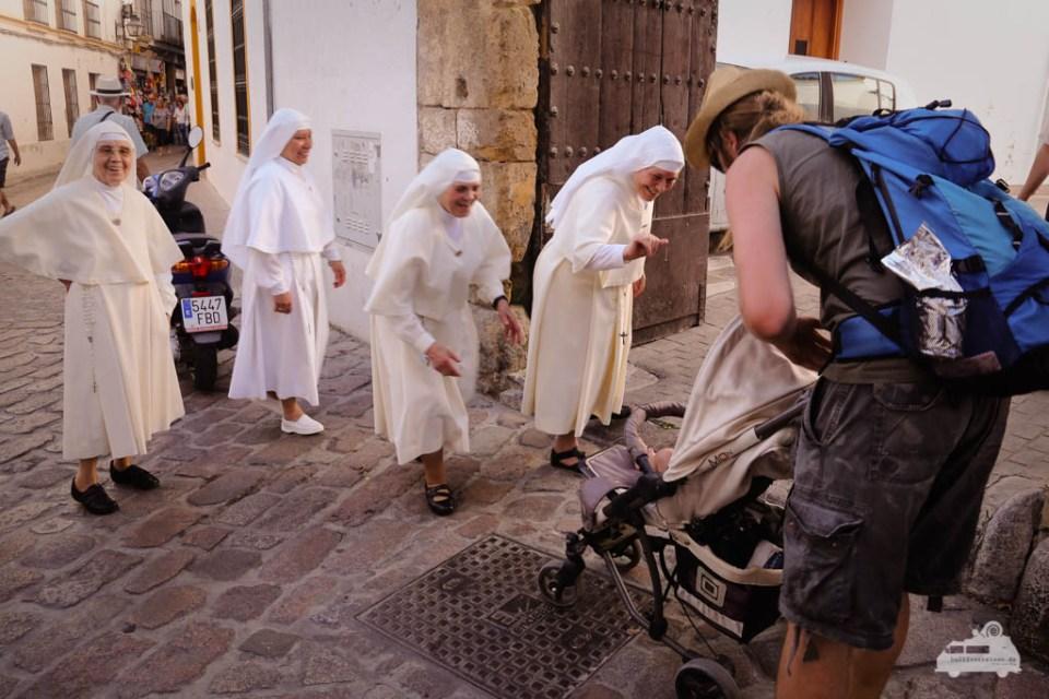 Nonnen in Cordoba Andalusien