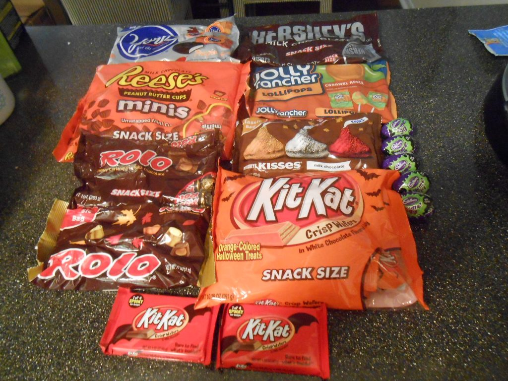 Hershey S Halloween Review Creepy Candy Crafts