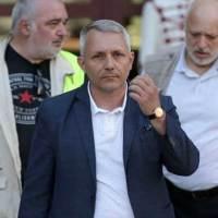 """""""Отровното трио"""": Борисов иска да открадне 1 млрд. лева, затова не подава оставка. Става въпрос за сделката с """"Виваком"""""""