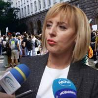 Мая Манолова: Никой не защитава общественият интерес!