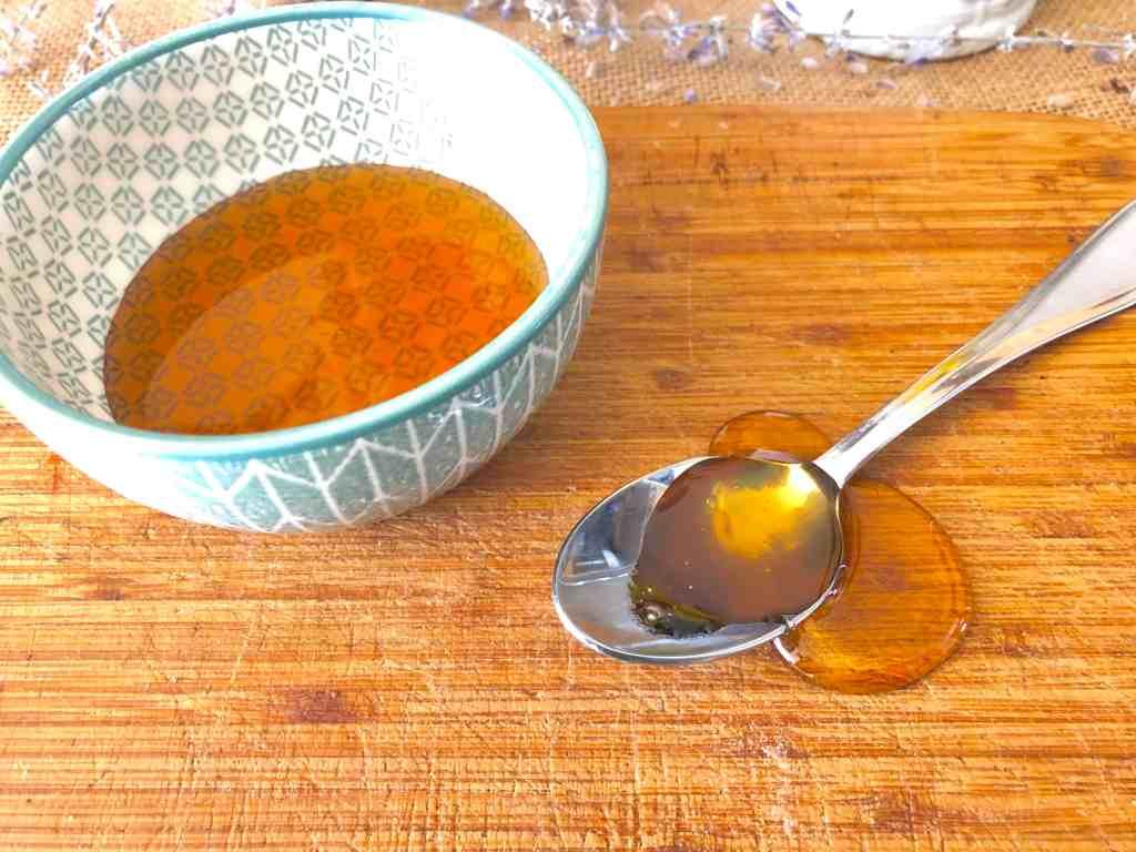 Honey on skin benefits honey face mask