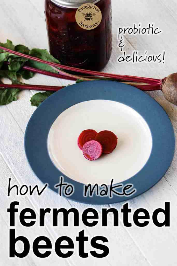 Delicious and probiotic fermented pickled beets recipe. Easy and delicious! Fermented food recipes #healthyrecipes #fermenting #pickling
