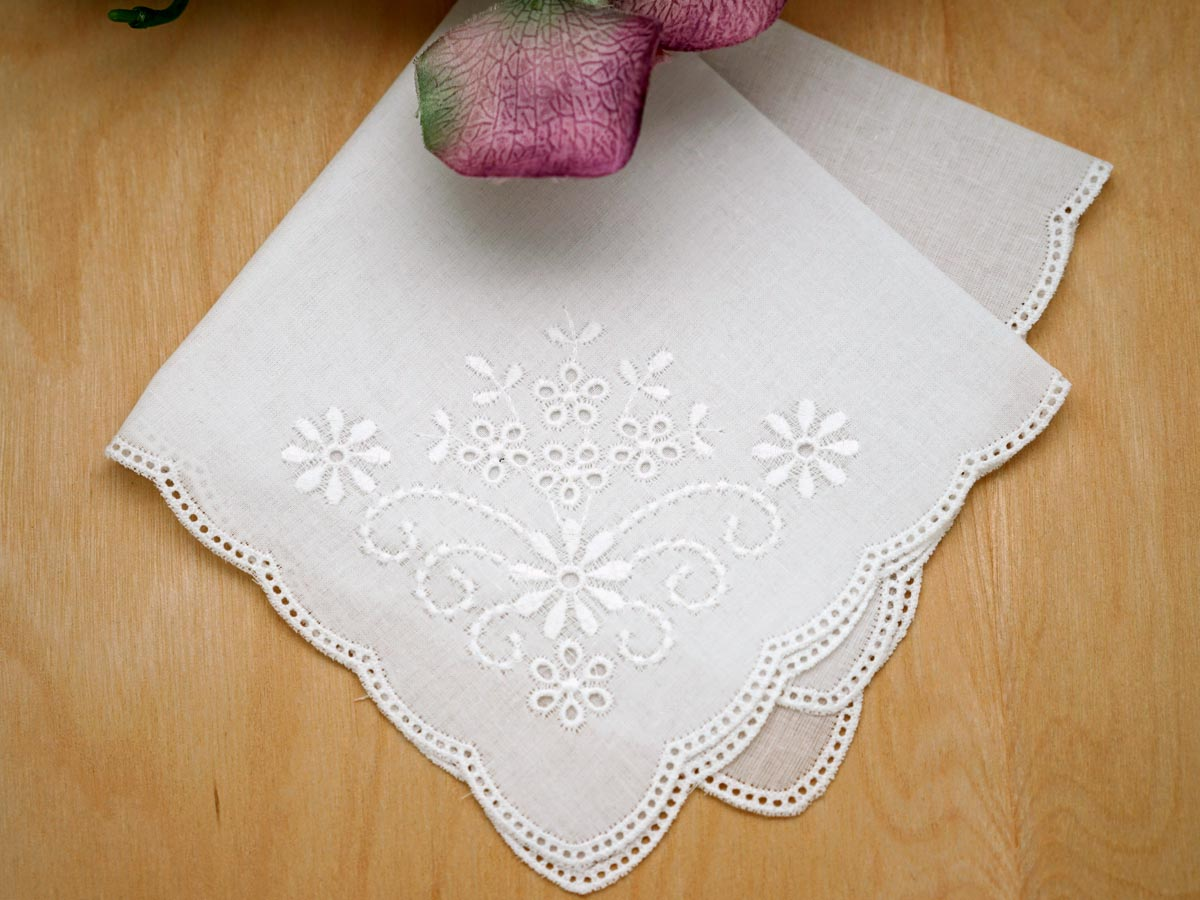 White Scallop Edge German Ladies Handkerchief