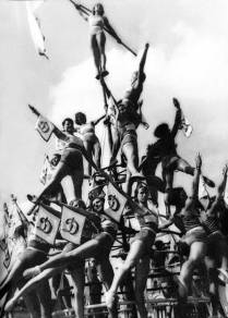 Spartakiad 29 - Rodchenko - Piramida Perempuan