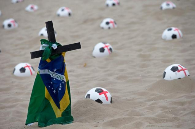 Protes FIFA 2014 08