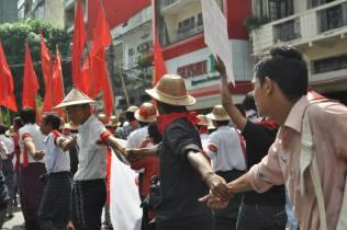 Mahasiswa Burma 11