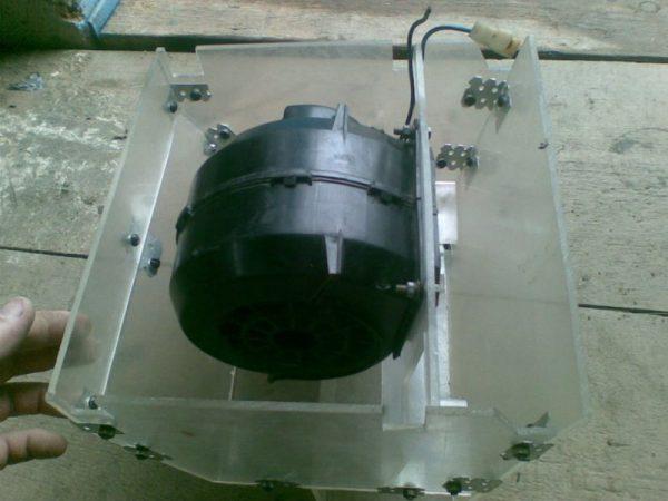 Ventilátor elektromos motor egy új esetben
