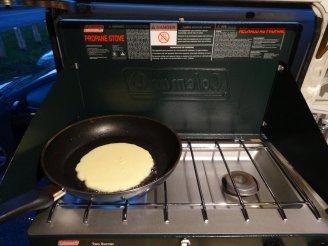 ..aber in Kanada auch selbstgemachte Pancakes mit Ahornsirup