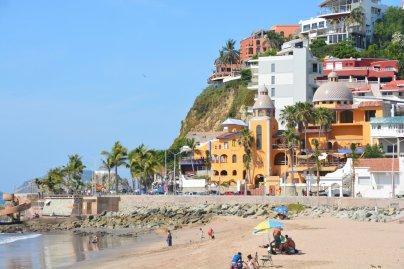 Die touristische Strandpromenade
