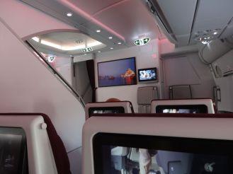 Airbus A380 - die Treppe führt hinauf zur ersten Klasse