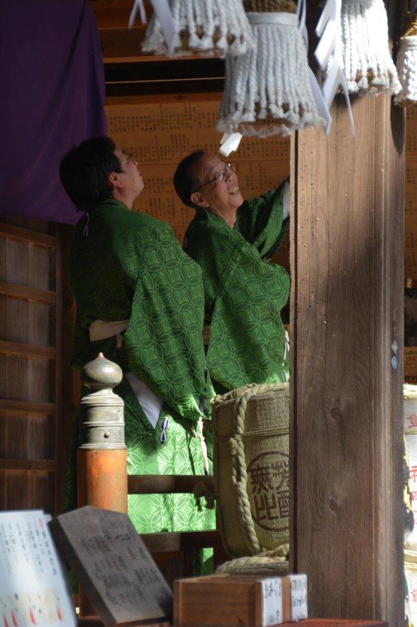 Die Anlage rund um die Pagode wird durch Mönche gepflegt