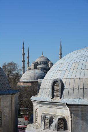 Über die Dächer mit Blick auf die blaue Moschee