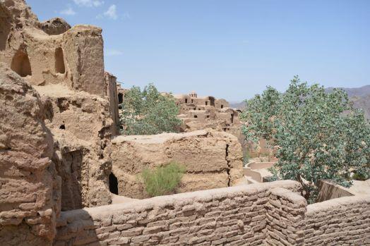 Verlassener Lehm-Stadtteil in Kharanaq