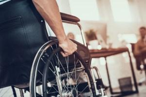 angajati cu dizabilitati