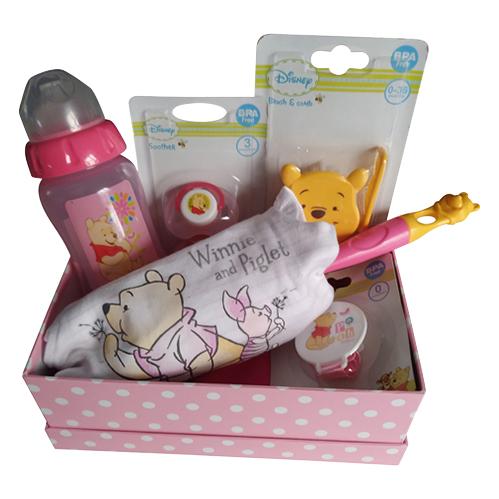 Winnie the Pooh baby girl gift set