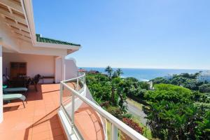 Salt Island – Well Priced 3 + 4 Bedroom Units opposite Beach – Great Sea Views