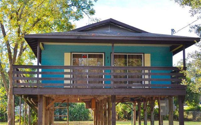 Holden heights stilt house for sale for 70 000 bungalower for Stilt homes for sale