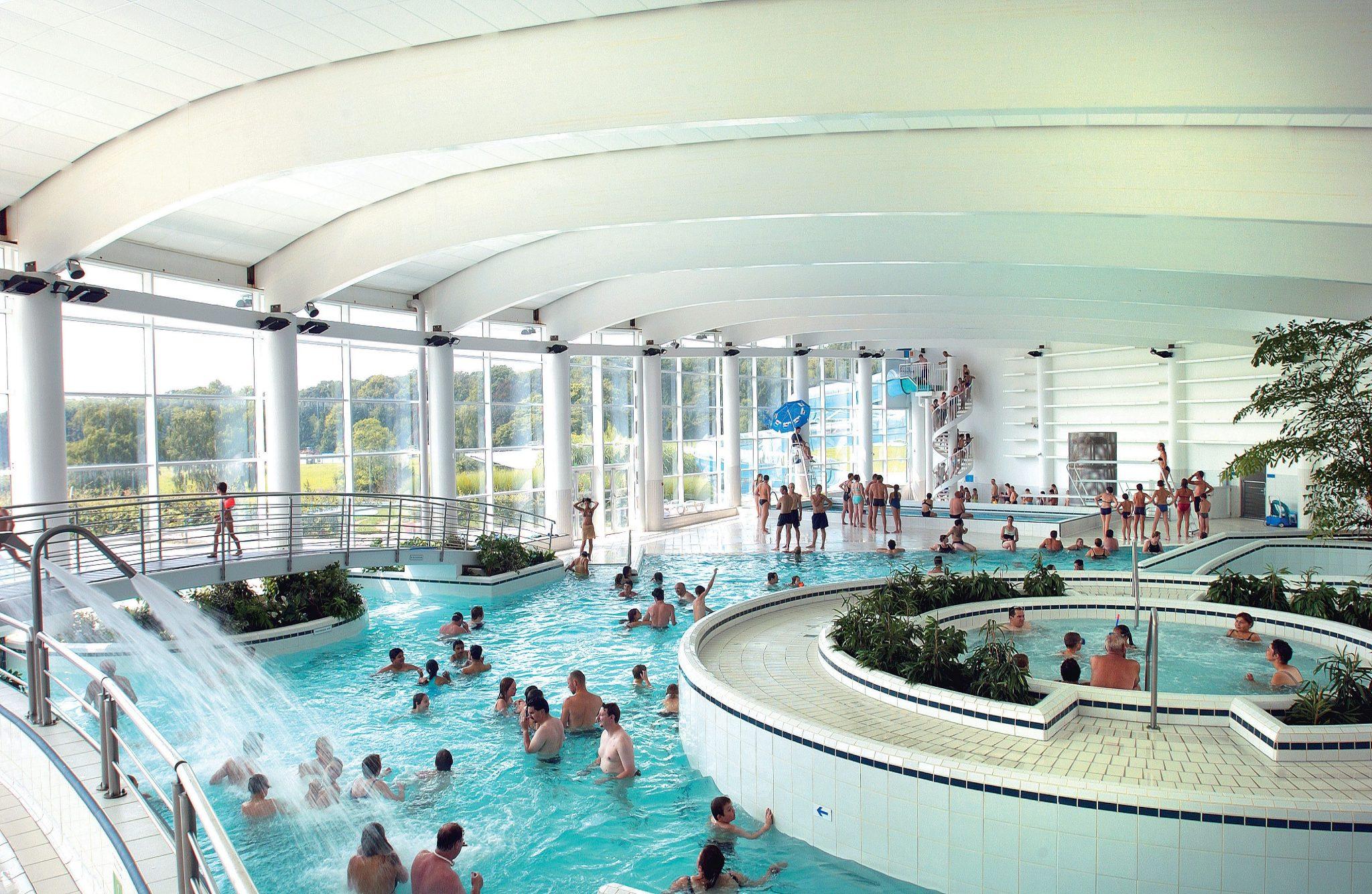 Het Vennenbos Zwembad.Vennenbos Zwembad Zoover 6 Persoonsbungalow Luxe 6dl Op Landal De