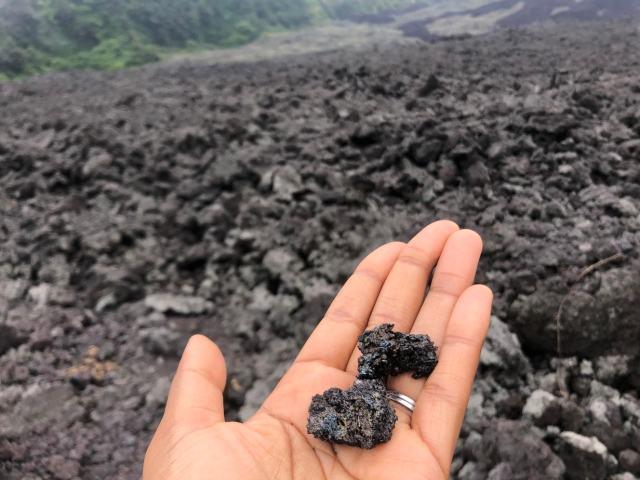 pacaya-volcanic-rock