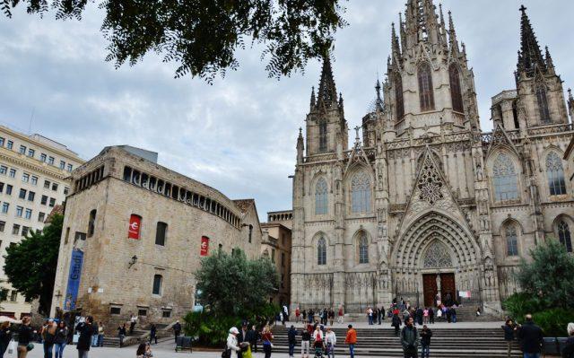 Top 5 Sights in Barcelona - Barri Gotic