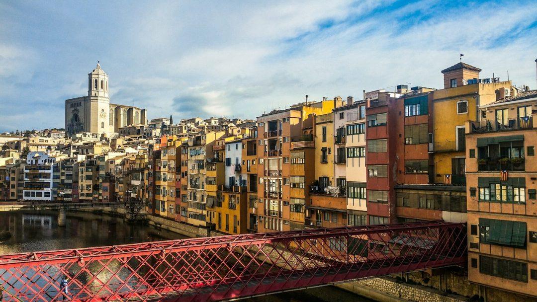 day-trip-to-girona-main-river-view