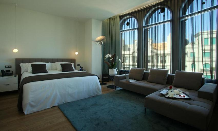 exclusive-hotels-in-barcelona-ohla-barcelona2